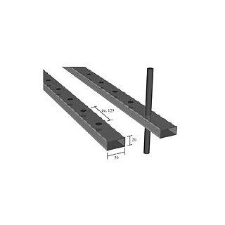 Rechteckrohr 30 x 20 x 2 x 3000 mm kantengehämmert, Loch 12 x 12 mm durchgehend, a=125 mm